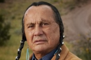 russell_means
